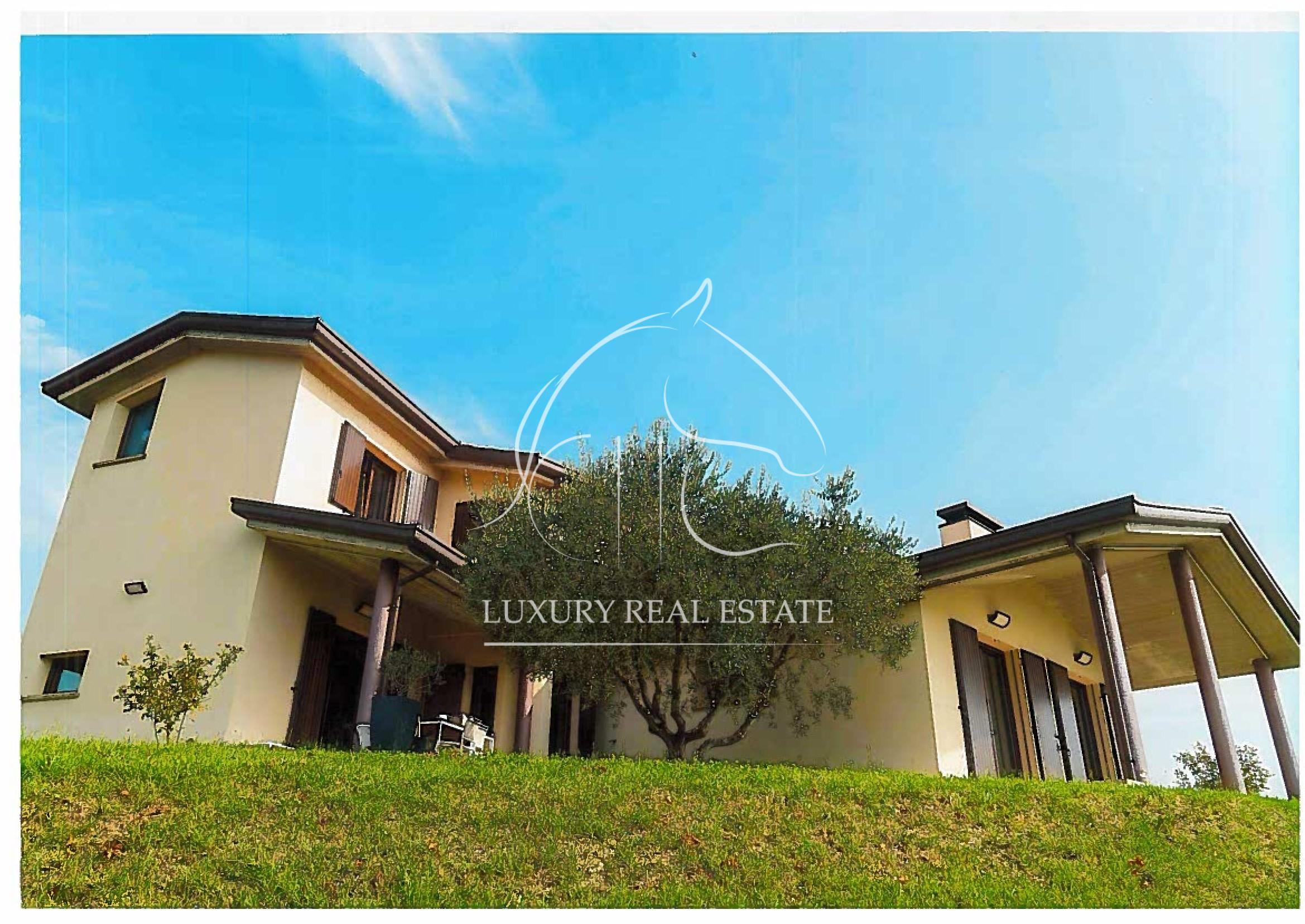 K.-Nr. 342 Villa in der Gegend von Montecieco (RN)