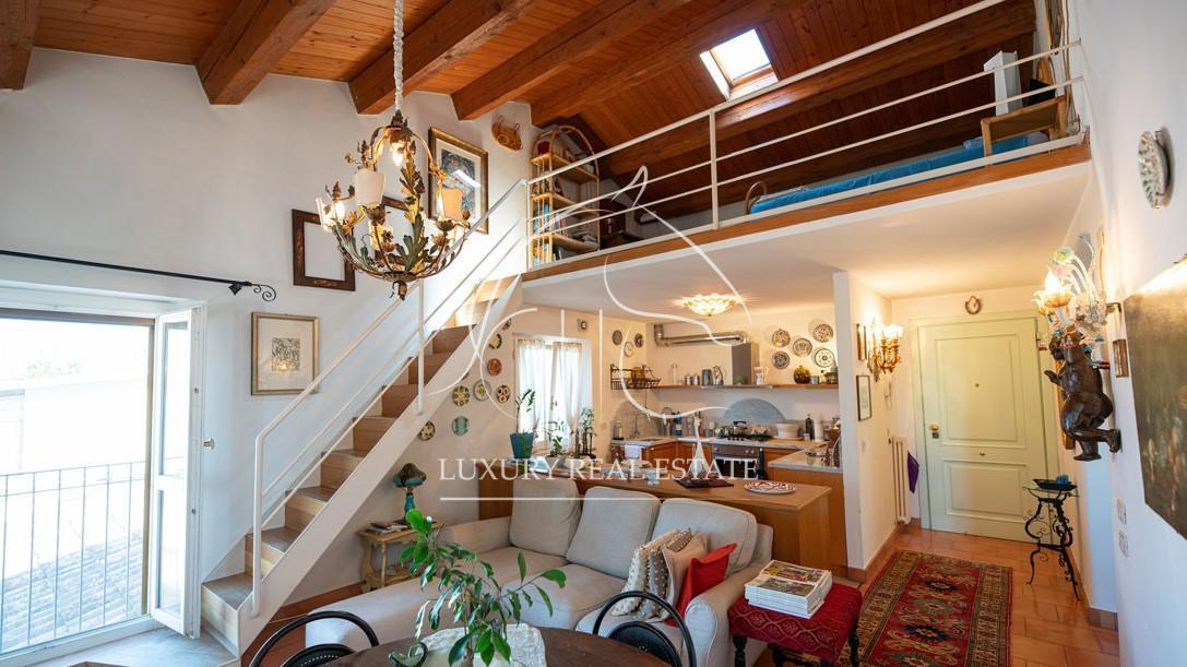 Rif. 216 Appartamento arredato di lusso in immobile del '700 a Rimini (RN)